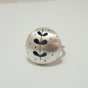 Cindy Ashbridge silver leaf ring