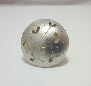Cindy Ashbridge silver random leaf ring